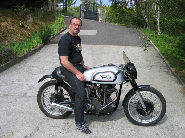 achat vente auto moto anciennes et pi ces d tach es. Black Bedroom Furniture Sets. Home Design Ideas